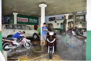 Mở tiệm rửa xe máy chuyên nghiệp đơn