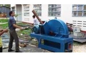 Máy băm dăm gỗ sử dụng động cơ điện