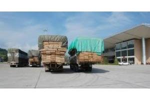 Vận chuyển hàng sang Lào bao thuế xuất